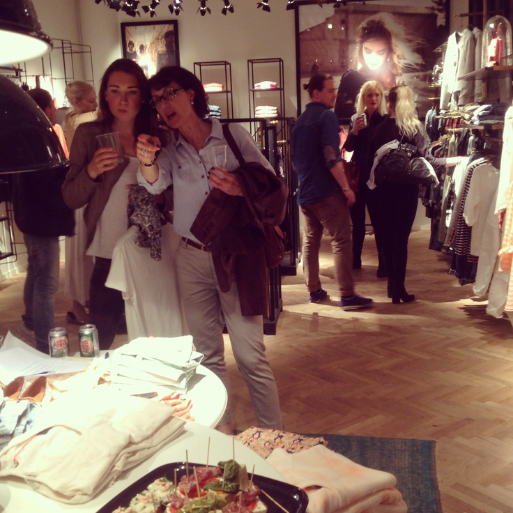 Shopping evening at Scotch and Soda