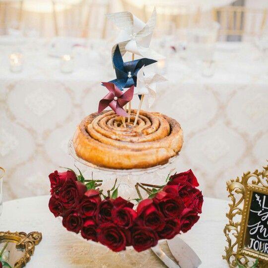 Cinnamon bun cake. Wedding. Roses. Rustic. Julia Park Photography. Birch+Baker.