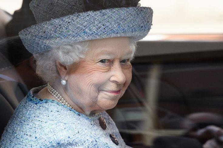 Королева Елизавета, герцог Эдинбургский и герцог Кентский открыли Музей национальной армии: ru_royalty