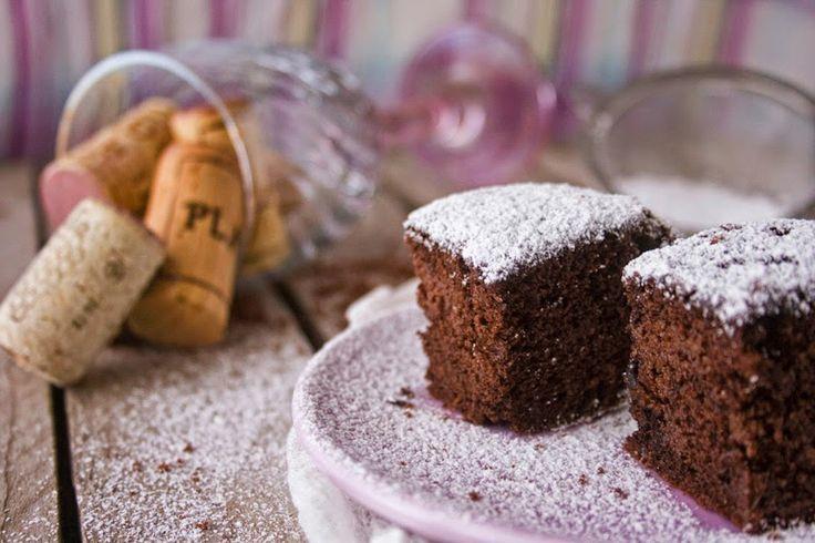 Torta ubriaca farina cioccolato e un po di vino che mette sempre allegra...ricetta sul blog