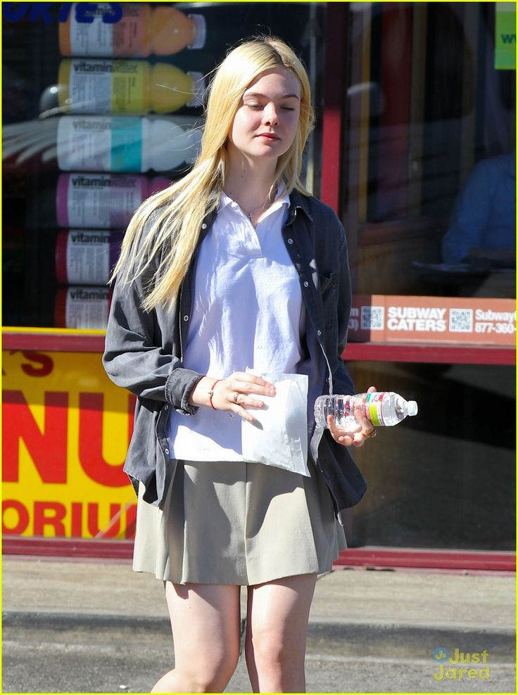 elle fanning sugar rush 12, Elle Fanning picks up a yummy, sugary treat on Tuesday afternoon (November 13) in North Hollywood, Calif.    The 14-year-old actress stopped by K's Donut Emporium…