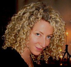 How to Follow the Curly Girl Method for Curly Hair