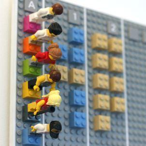 Angeklickt: Lego-Kalender gleicht sich mit dem Internet ab - SPIEGEL ONLINE