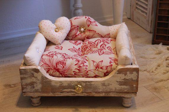 Treasure Chest luxury pet bed by PreciousPawPetBedsNZ on Etsy