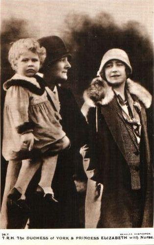 Queen Mum mit der kleinen Prinzessin Elizabeth | by Miss Mertens