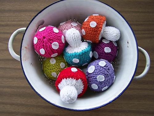 MamzelleMarmotte's Poisonous knitted shrooms, on Ravelry. Based on the Free Pattern from Abby Kroken on Beewee.