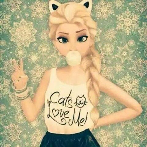 Elsa .... cats love me!
