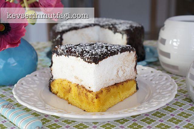 Kuş Sütü Pastası Tarifi Nasıl Yapılır? Kevserin Mutfağından Resimli Kuş Sütü Pastası tarifinin püf noktaları, ayrıntılı anlatımı, en kolay ve pratik yapılışı.