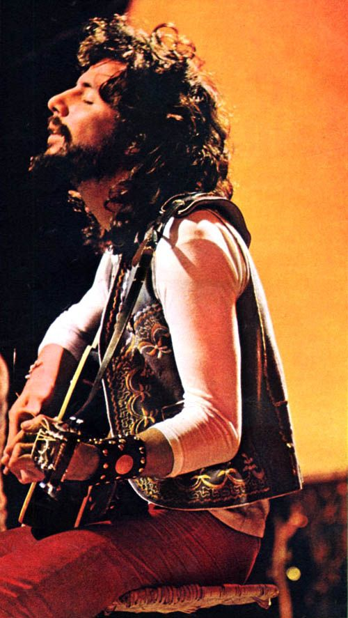 Cat Stevens, in the August 1971 issue of the Dutch magazine Muziek Express