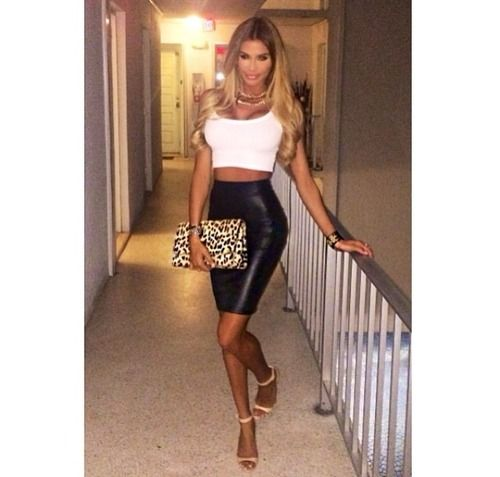 White crop. Leather skirt. Nude heels. Leopard clutch. Simple but nice
