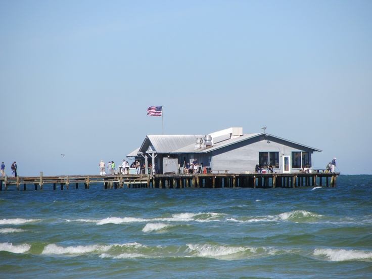 17 best images about i live on vacation on pinterest for Sarasota fishing pier