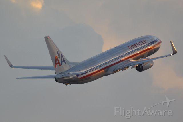 American Airlines B738 (N907NN)