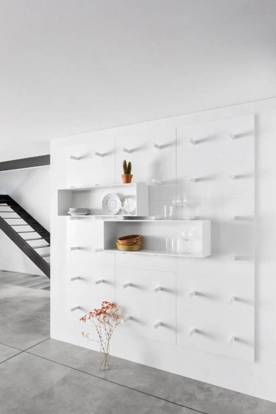 Dots bookshelf for everyday use