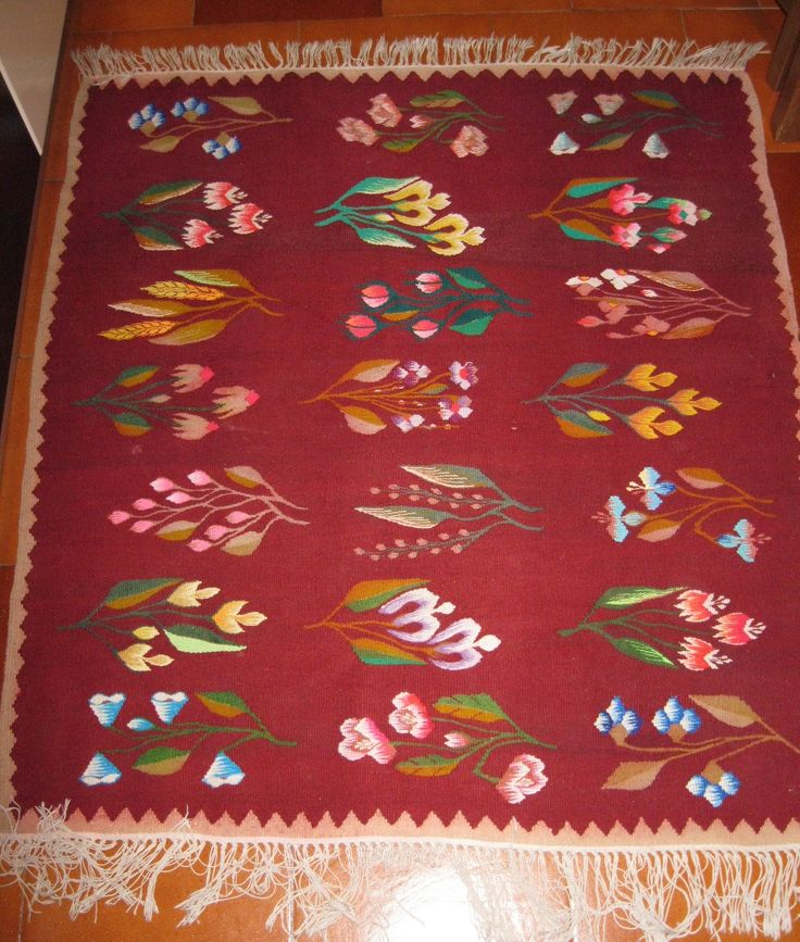 Traditional Romanian rug - handwoven on primitive loom/wool on cotton