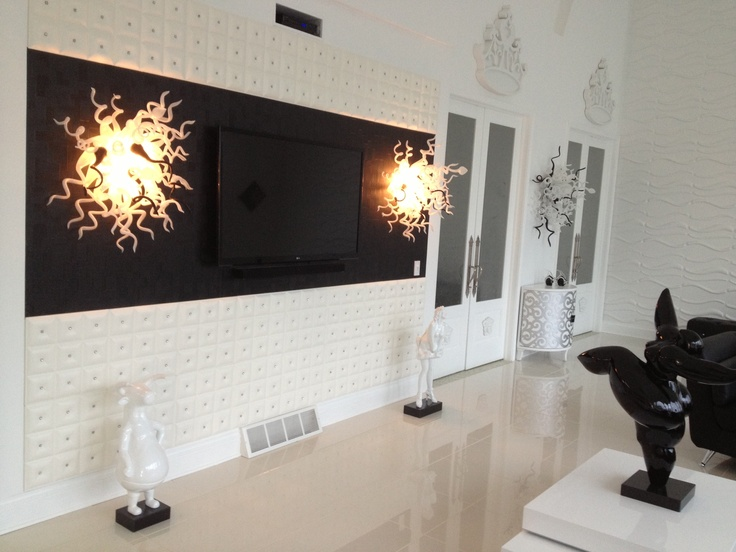 Living Room Wall With A Flat Screen Some Hot Sconces And Faux Leather Tiles Wohnzimmer WandeModerne WohnraumeDeckenplattenWandfliesenKachel