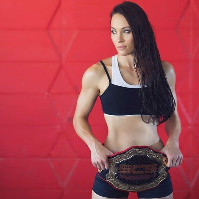 The Sexiest Female Fighters | 🍀ViraLuck #ufc