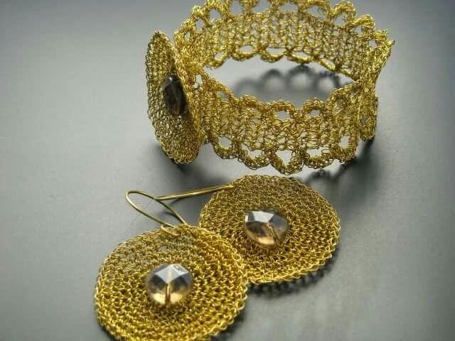 Wire crochet - bracelet and earrings