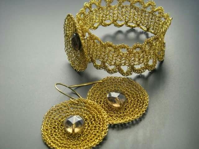 Wire crochet - bracelet and earrings