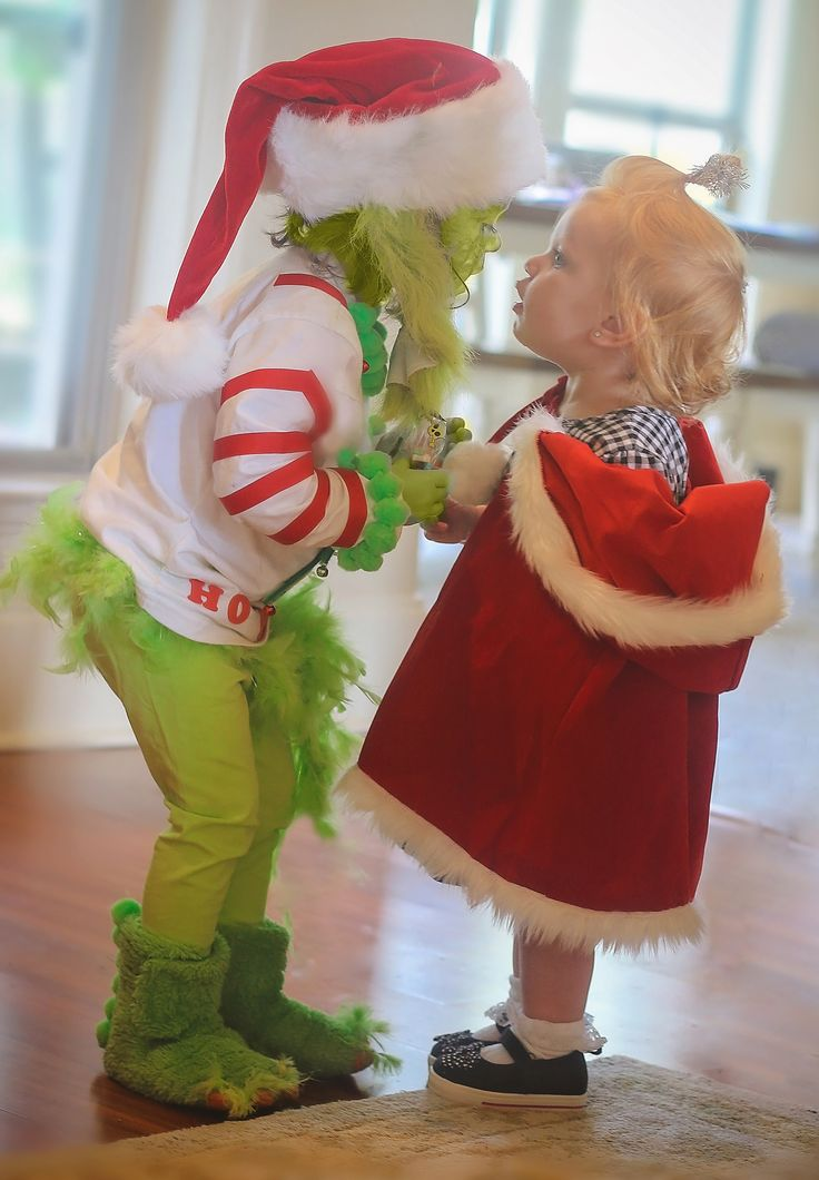 sibling halloween costumes, dress up, little sisters, Grinch and Cindy Lou Who toddler costumes, halloween
