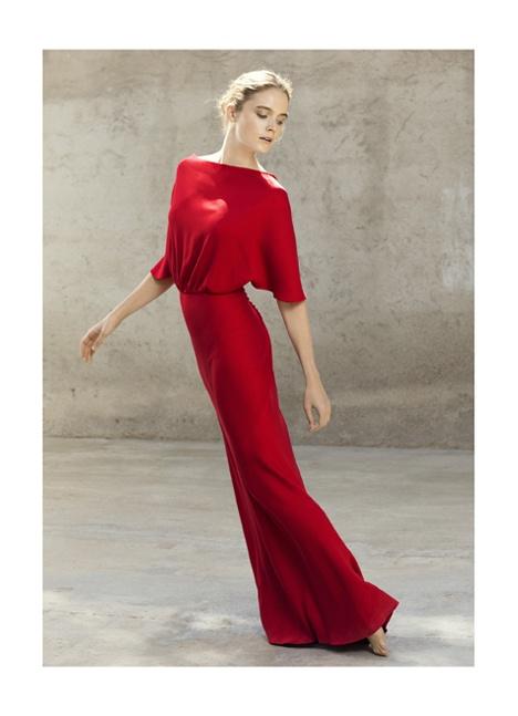 Cortana. Alta Costura en diseño de vestidos y trajes de moda, novia y fiesta. Barcelona, Madrid, Palma de Mallorca.