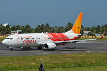 VT-GHD - Air India Express Boeing 737-800 photo (41 views)