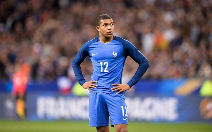 Paris Saint Germain Kylian Mbappe SoccerStarz 2 inches