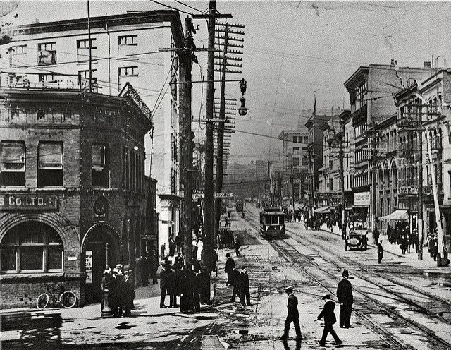 Hastings & Carrall, 1910