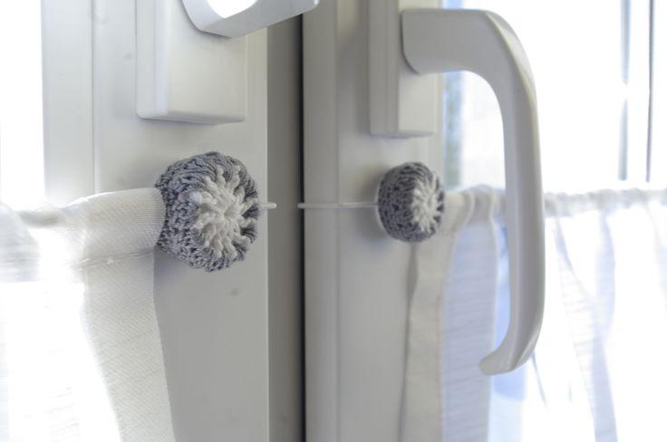 76 besten scheibengardinen k chengardinen bistrogardinen bilder auf pinterest gardinenstange. Black Bedroom Furniture Sets. Home Design Ideas