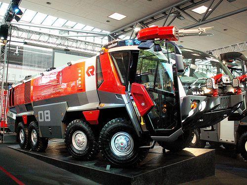 International Airport Fire Engines - Firefighter-EMT.com