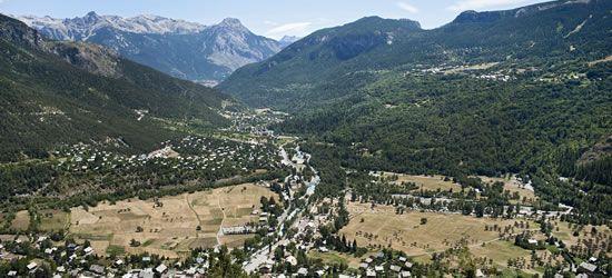 Camping Indigo Vallouise - Camping montagne Haute Alpes avec piscine