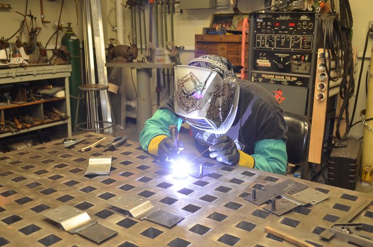 Aluminum fabricators New York City In today's world, the demand and need for efficient fabrication of high grade materials have increased. Consequently, the notoriety of the steel fabrication has increased complex. #AluminumfabricatorsNewYorkCity
