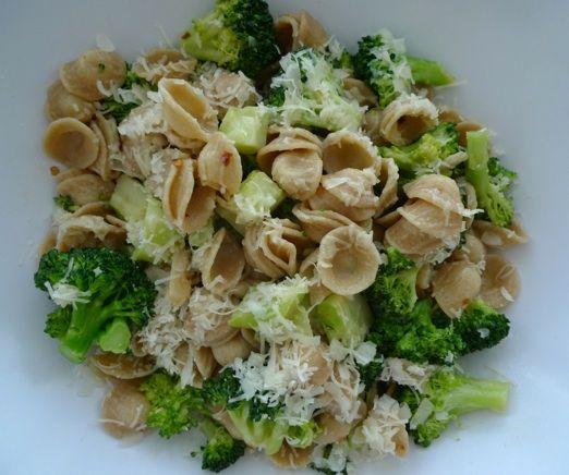 orichette with spicy broccoli