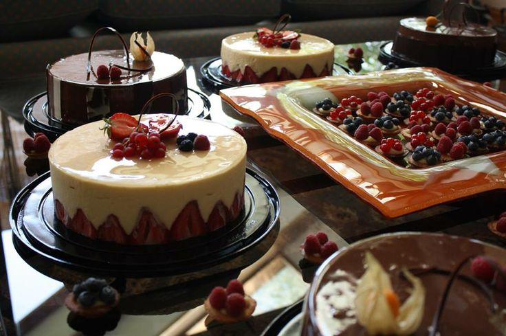 De la Barra, pastelería & delicatessen diego.dlb.cuevas@gmail.com http://www.pasteleriadelabarra.cl Instagram: @pasteleriadelabarra