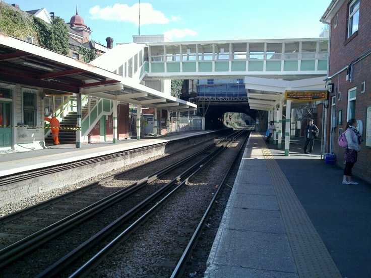 Another move onto Streatham Hill, Leigham Court Road,  this lasted a few months until the following summer when I moved again this time to East London  (chose a piccy of Streatham Hill Station because I used to quite like it in the sunshine as I was used to underground rail)