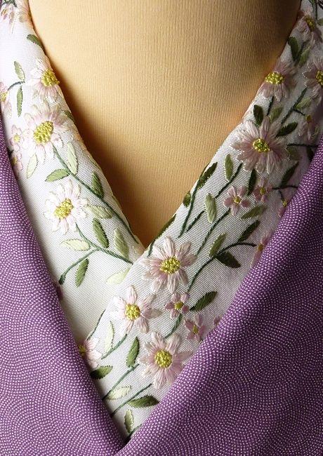 正絹 手 刺繍 半衿「可憐」丹後産 塩瀬 小紋 振袖 訪問着 日本の絹 手刺繍半衿