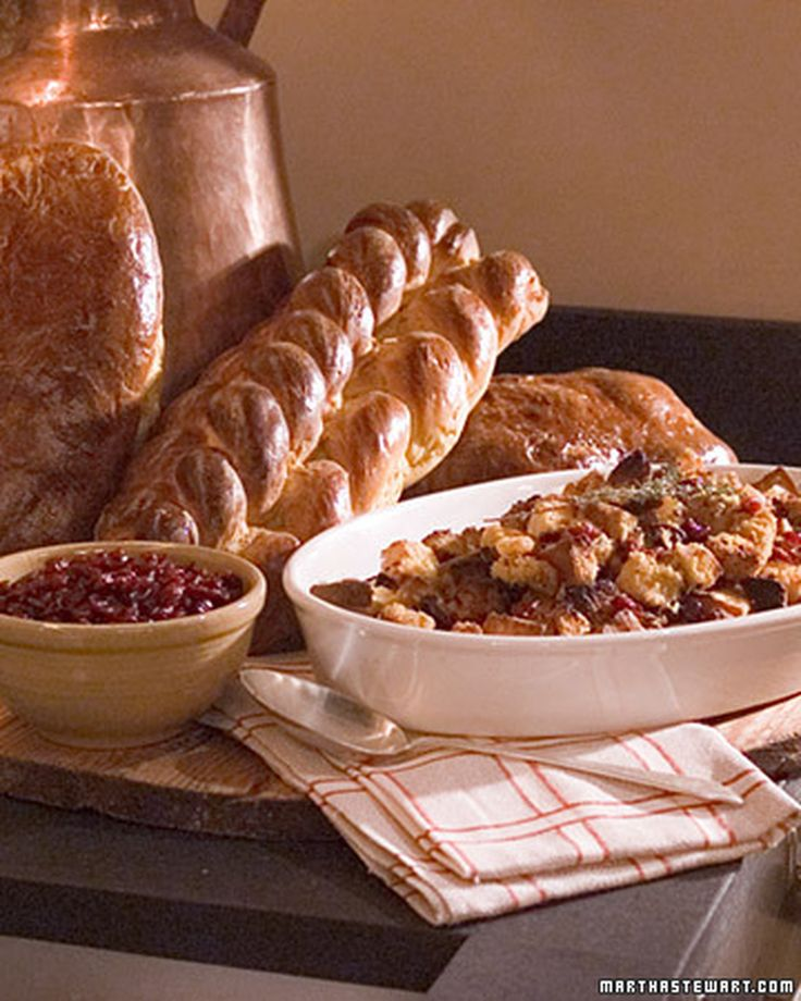 ... bread to make stuffing, bread pudding, or day-after-Thanksgiving