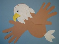 Bald Eagle- kid's craft for 4th of July. Lots of kid's crafts and printables on site.