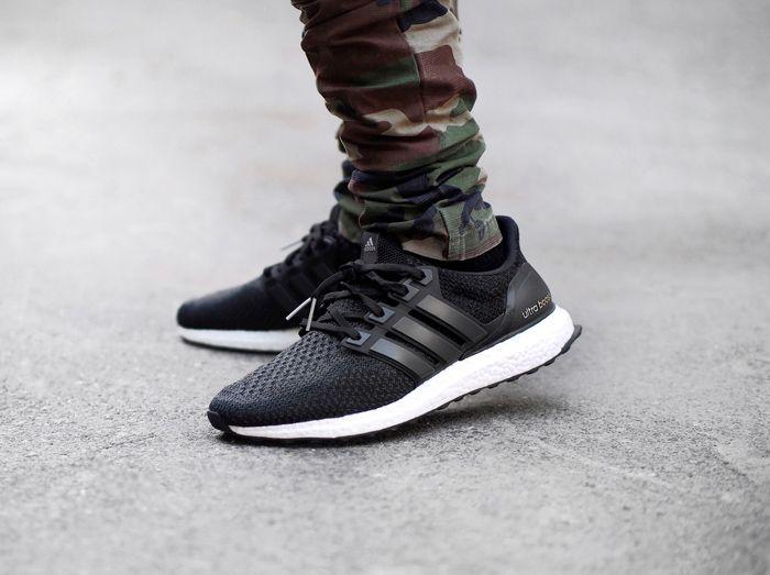 Adidas Ultra Boost Black/White 3.0 Oreo Zebra Size 10.5 S80636