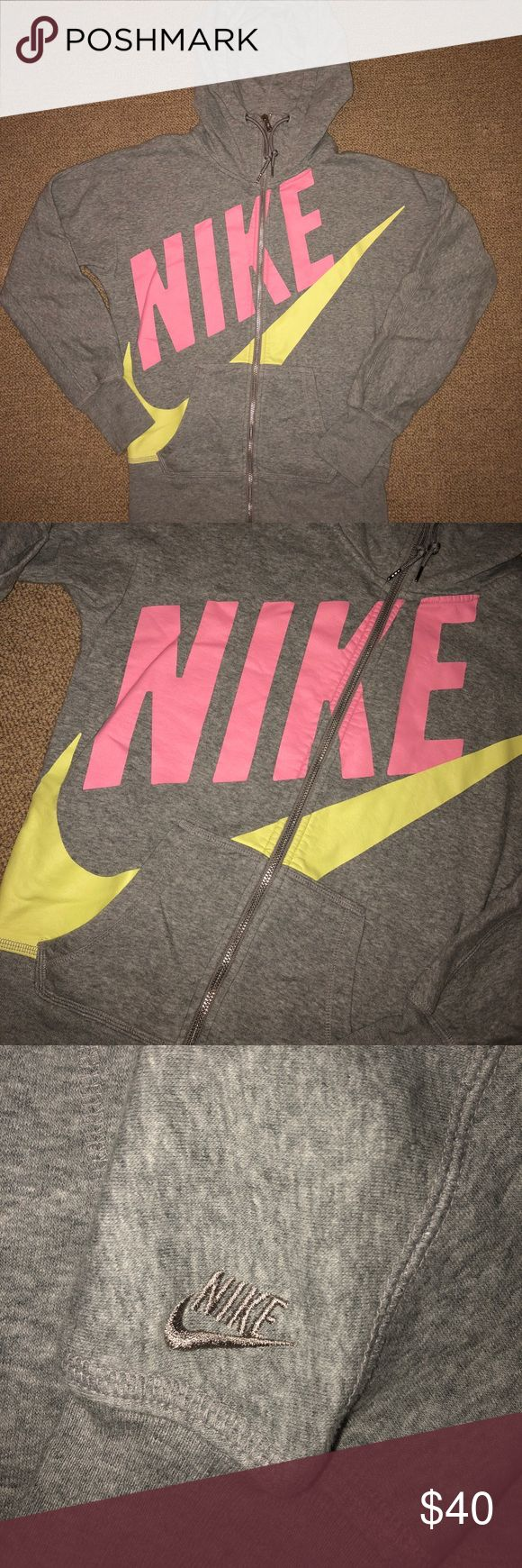 Nike Graphic Hoodie Size Small Nike graphic hoodie with