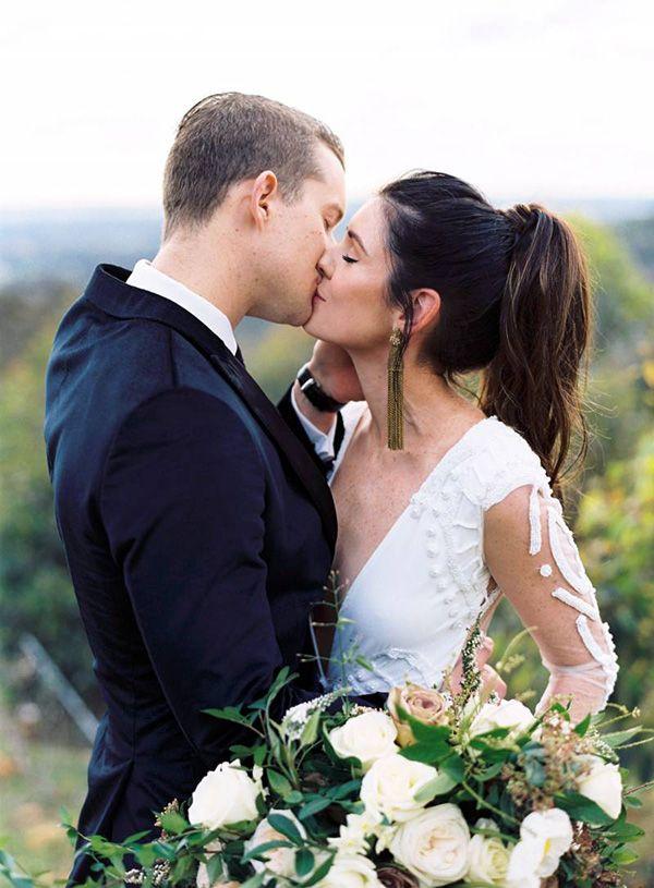 Effortless Boho Style for an Australian Destination Elopement  https://heyweddinglady.com/get-the-look-australian-wedding-style/    #wedding #weddings #weddinginspiration #destinationwedding #australia #australianwedding #bohobride #bohemianbride #bohemianwedding #hairstyle #weddinghair