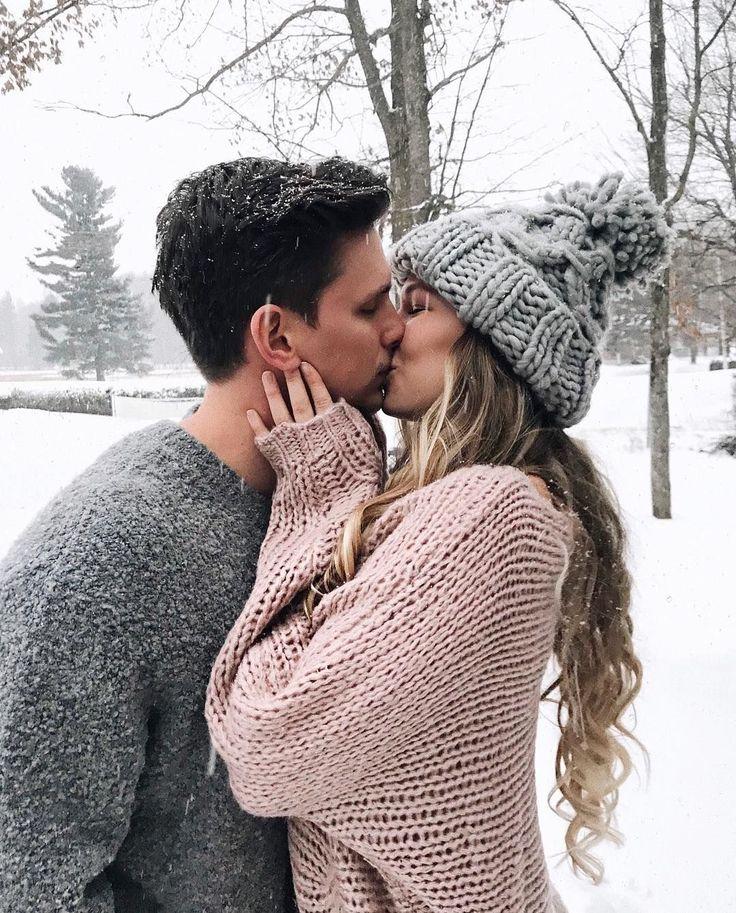 таком фото целующихся пар зимой пятилетнем возрасте началось
