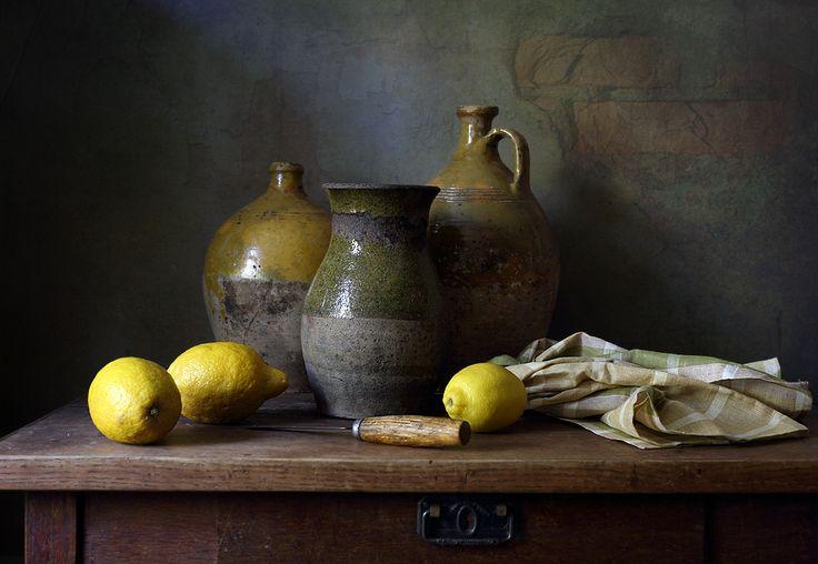 #still #life #photography • photo: ~ Горшки и лимоны ~   photographer: Елена Татульян   WWW.PHOTODOM.COM