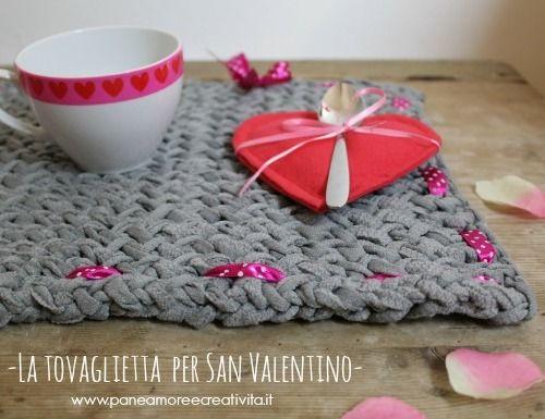 San Valentino: creiamo una tovaglietta all'uncinetto per una romantica colazione