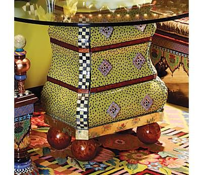 Painted Furniture!: Paintings Furniture, Coffee Tables, Furniture Arrangement, Antiques Furniture, Diy Furniture, Paintings Tables, Bombay Chest, Furniture Ideas, Art Pieces