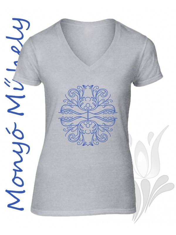 Mezőcsáti mintás női póló - szürke