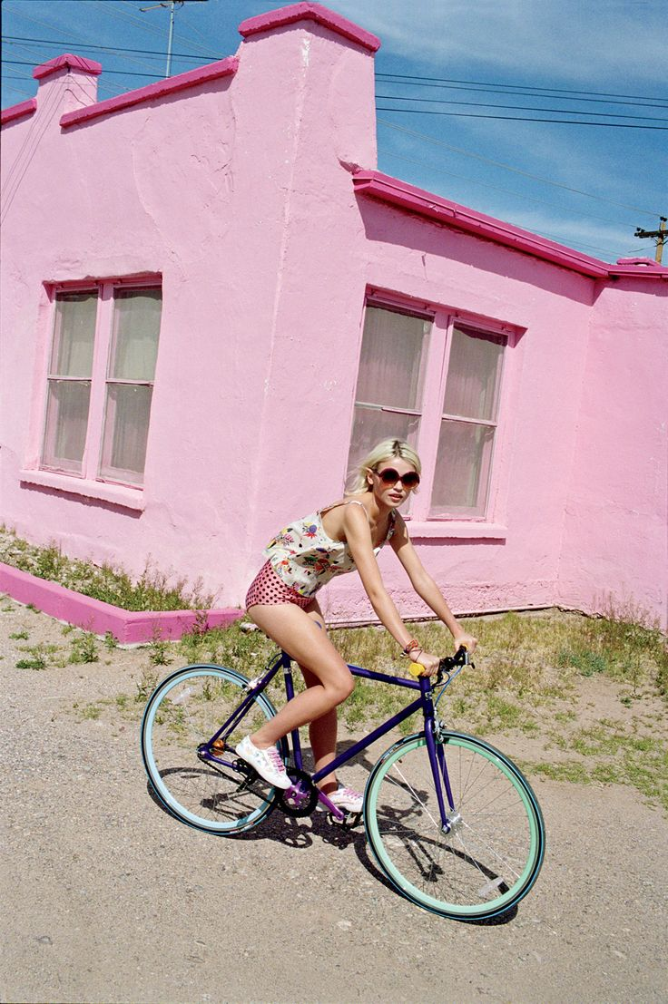 pink: Bicycles, Urban Outfitters, Fashion, Girl, Inspiration, Bike Rides, Bikes, Summer, Pink Houses