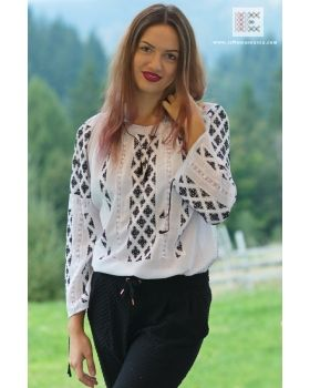 Bohemian look, hand embroidered Romanian blouse.