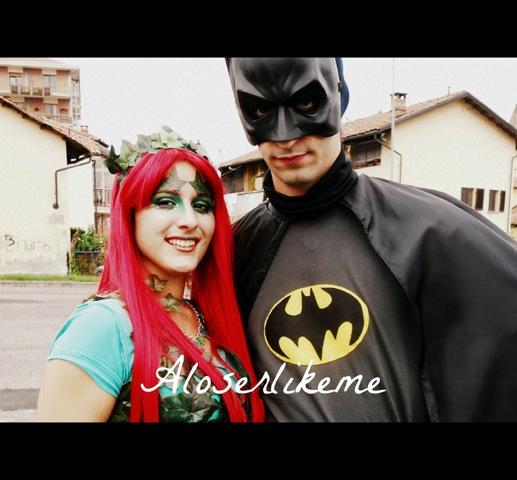 A loser like me: POISON IVY and BATMAN COSPLAY! #aloserlikeme #fashionblogger #fashion #blog #cosplay #batman #batmancosplay #poisonivy #poisonivycosplay #costume #costumi #ederavelenosa
