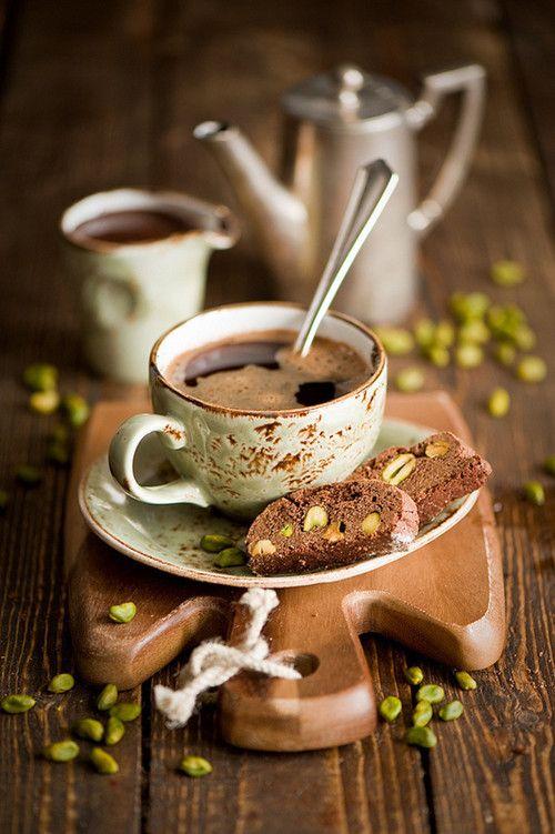Orzo, in tazza. ☺  http://www.ecomarket.eu/prodotti-bio-1/caffe-cacao-te-e-tisane/caffe-bio.html
