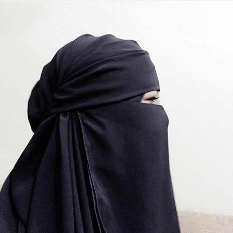 Niqab @lolitabynadia digayakan @aziey_aziz Jazakillah khaer. Lain kali beli lagi naa... -- Berminat? ws +60145009530  #niqabmurah #niqabcantik #niqabstyle #niqabhitam #lolitabynadia #niqabnadiafans